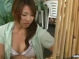 bird and wife strive a sex massage by geek in beach 001