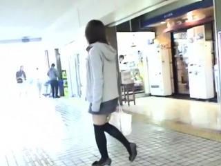 Fresh Yuzuki Hatano in heels fingers her tight