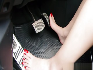 Taiwan feetgoddess pedal pumping
