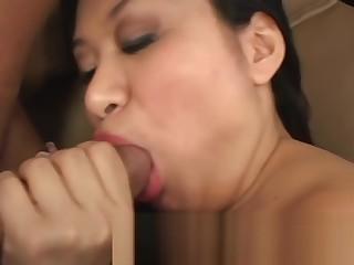 Horny Asian Girl Kiwi Lang Sucking White Chubby Blarney