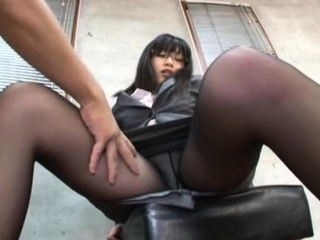 Mendicant fills get one's bearings sweetie Miku Sunohara together with fucks the brush hard
